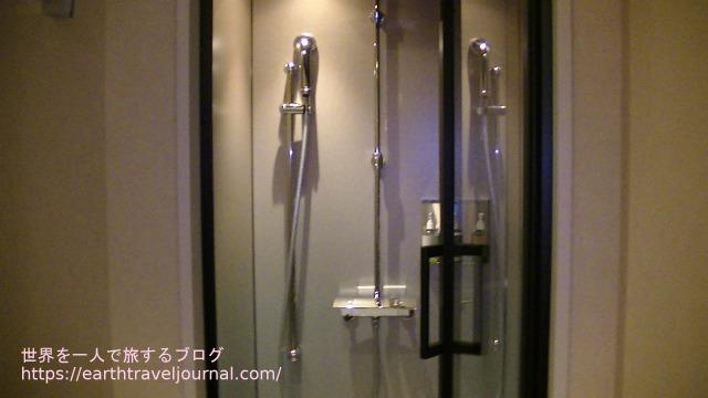 ONSEN RYOKAN 由縁 札幌のシャワー
